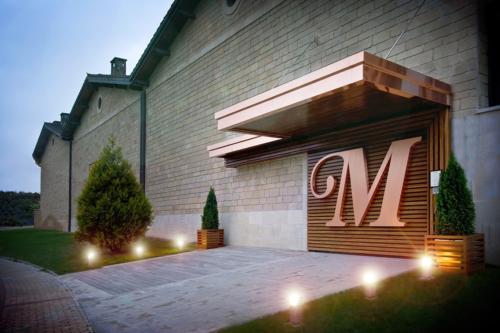 12.entrada-winebar-muga
